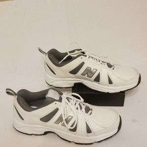 New Balance 454 training shoes men's size 12 D